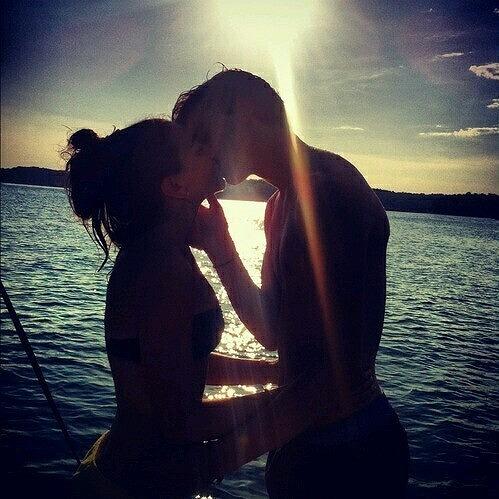 良い恋愛の定義 カップル海