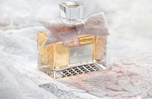 色気を漂わせるポイント|香水