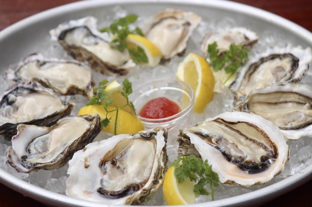 牡蠣好き必見!「生牡蠣」「焼き牡蠣」「カキフライ」食べ放題開催中のオイスターバー |WOMAGAzine−ウーマガジン−