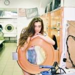 大切な服を間違って洗った時の対処法
