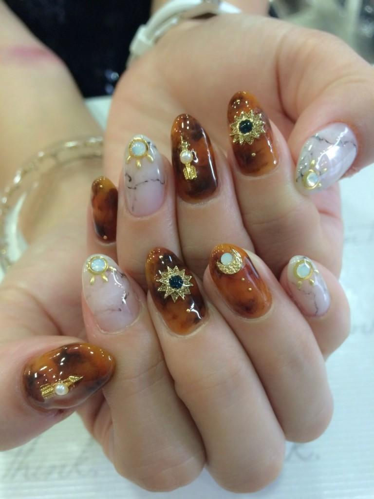 WOMAGAzine:nail11