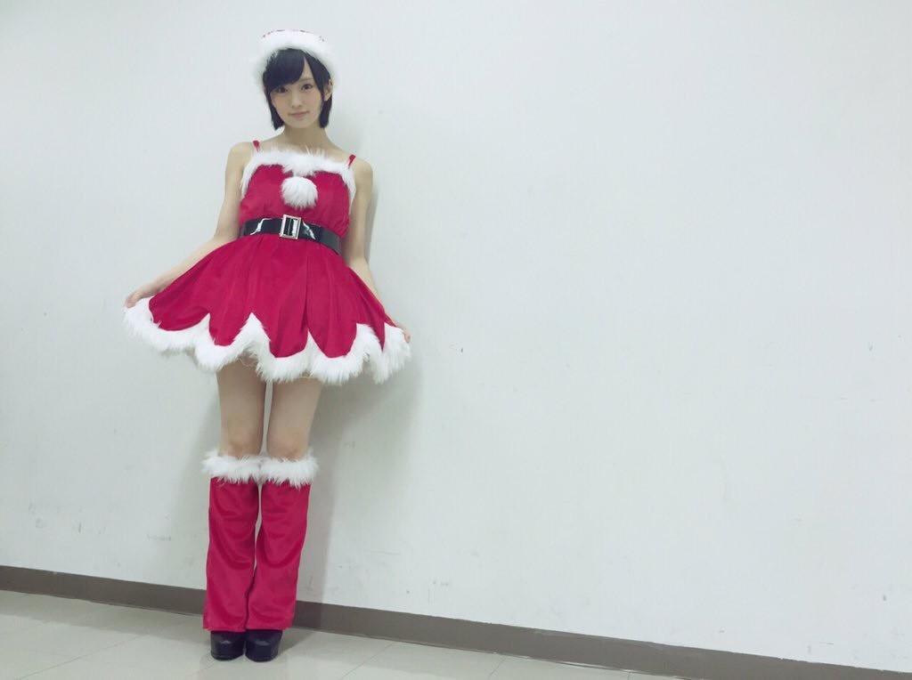 NMB48・山本彩がノースリーブ&ミニスカサンタ姿でファンを悩殺!「鬼かわいい」「直視できない」などのコメントが殺到!